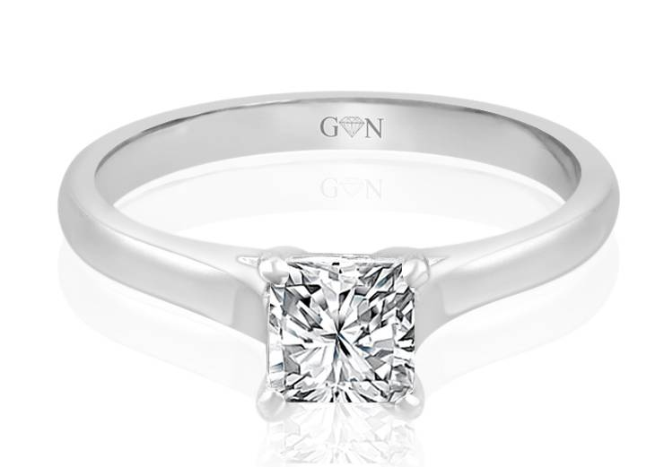 Ladies Solitaire Design Engagement Ring - R724 - GN Designer Jewellers